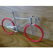 Maquette vélo de course rouge